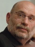 Борису Акунину не удалось стать экстремистом