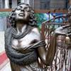 Эффектный памятник неглавной героине