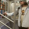 Вирутальная библиотека в метро Нью-Йорка: как это работает