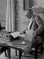 Писатели в повседневности: Владимир Набоков и его жена Вера