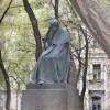 Памятник Гоголю в Москве могут вернуть на прежнее место