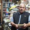 Колумбийцем открыта публичная библиотека с книгами из мусора