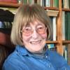 Умерла ирландская поэтесса и романист Вэл Малкернс
