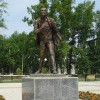 Первый в России памятник Евгению Евтушенко открыт в городе Зима