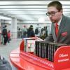 С полок буккросинга в метро чаще всего берут Акунина