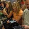 Жители столицы любят читать фэнтези и больше читают с мобильных приложений