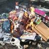 Польский священник принес извинения в Facebook за сожженные книги