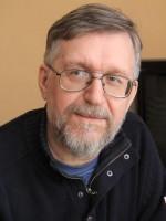 «Все так боятся оговориться, что перестают говорить совсем, а только пишут» – 6 февраля родился 1958 года Андрей Лазарчук