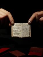 «Общество Бронте» купило последнюю остававшуюся на рынке миниатюрную рукопись Шарлотты Бронте