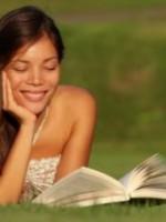 «Я читал, смеял и хохотался»: 5 книг, подымающих настроение