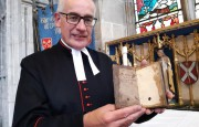 Просроченную библиотечную книгу вернули в библиотеку… спустя 300 лет!