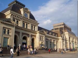 Глеб Бесперебойный читал советские стихи на Павелецком вокзале