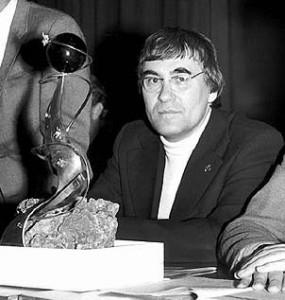 """30 июня 1935 года родился писатель-фантаст Сергей Павлов, автор цикла """"Лунная радуга"""""""