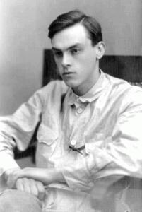25 июня 1907 года родился поэт Арсений Тарковский