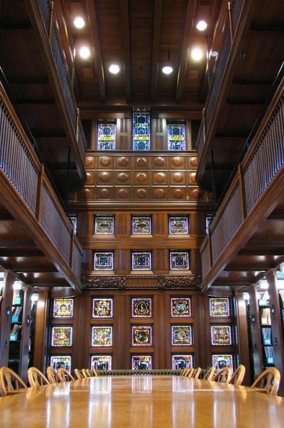 Библиотека Томаса Крейна, Массачуссетс (США)