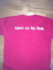 Любимая футболка