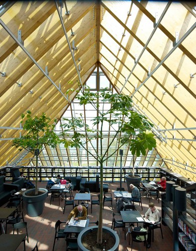 кафе на крыше библиотеки-пирамиды