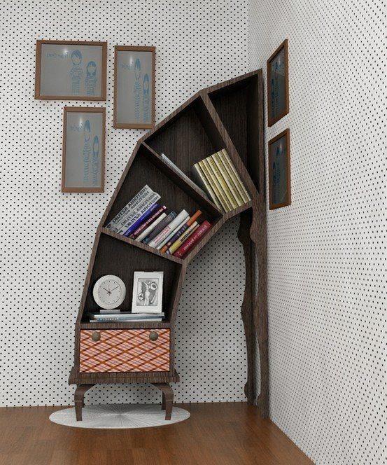 Необычный книжный шкаф