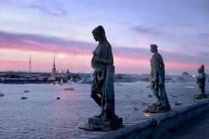 Санкт-Петербург хочет свой собственный список из ста книг для внеклассного чтения