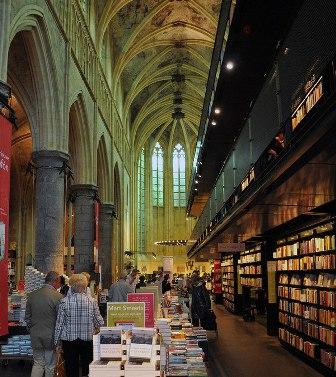 Boekhandel Selexyz Dominicanen