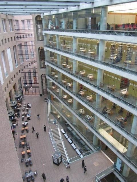 Общественная библиотека Ванкувера