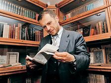 владелец «Дома антикварной книги в Никитском» Сергей Бурмистров