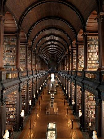 Библиотека Тринити-колледжа в Ирландии
