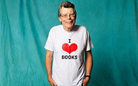 Стивен Кинг любит книги!