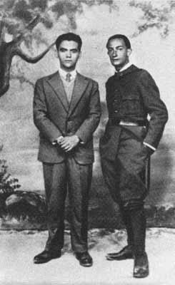 Федерико Гарсиа Лорка и Сальвадор Дали в Фигеросе в 1927 г.