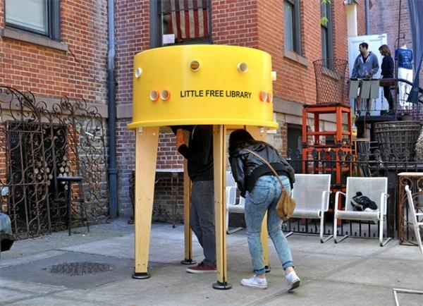 дизайнеры студии Stereotank создали Little Free Library на Манхэттене