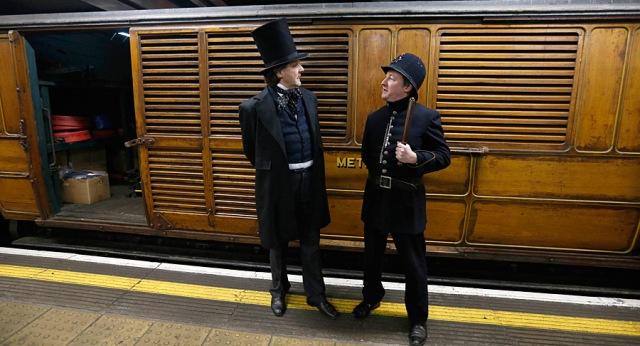 стилизованный викторианский вагон к 150-летию лондонского метро
