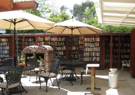 Bart's Books в Калифорнии