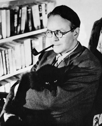 Рэймонд Чандлер считал, что прекраснее черного кота для автора нуара ничего быть не может!..