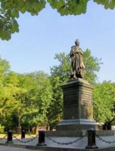 памятник Михаилу Воронцову в Одессе