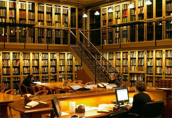 читальный зал Публичной библиотеки Нью-Йорка