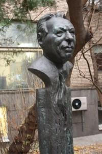 Памятник Чингизу Айтматову, Чингиз Айтматов памятник, Чингиз Айтматов юбилей, новости литературы