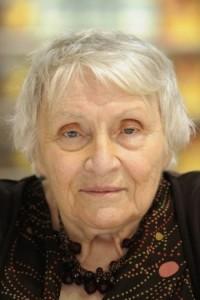 Анн Голон, Симона Шанжё, Анн Голон биография, Анн Голон когда родилась, 19 декабря день в истории