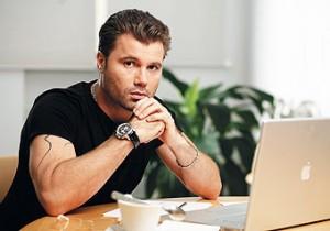 Олег Рой, писатель телеведущий, Женское счастье