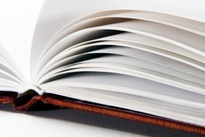 книга спасла жизнь, дыра от пули в книге, новости Новосибирска