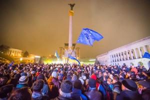 Евромайдан, Лукьенкнко об Украине, Лукьяненко не будут издавать на украинском