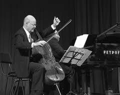 Мексиканский виолончелист Карлос Прието, Дмитрий Шостакович, Шостакович: гений и драма, анонсы книг