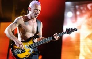 Басисит Red Hot Chilly Peppers, Мемуары басиста RHCP, Фли RHCP, звезды пишут книги