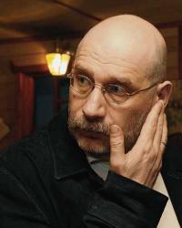 Борис Акунин, Акунин продал имена персонажей, аукцион имя персонажа Акунин