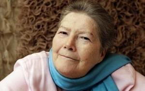 """Скончалась Колин Маккалоу, автор """"Поющих в терновнике"""", литературный календарь"""