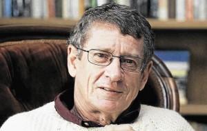 Андре Бринк, скончался Андре Бринк, писатели ЮАР, южноафриканская литература