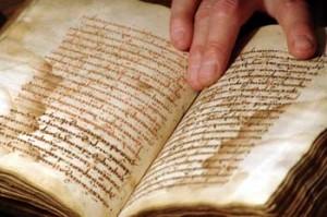 книги об армянской культуре, 100-летие геноцида армян
