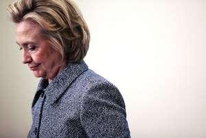 Деньги Клинтонов, Питер Швайцер, Хиллари Клинтон