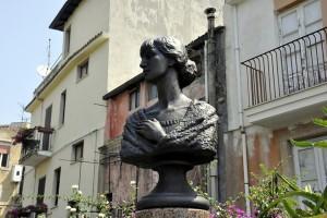 Анна Ахматова, памятник Ахматовой на Сицилии