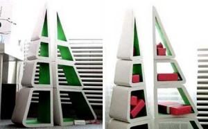 Книжные шкафы в форме елок