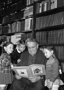 Любимый детский поэт, драматург и переводчик Самуил Яковлевич Маршак